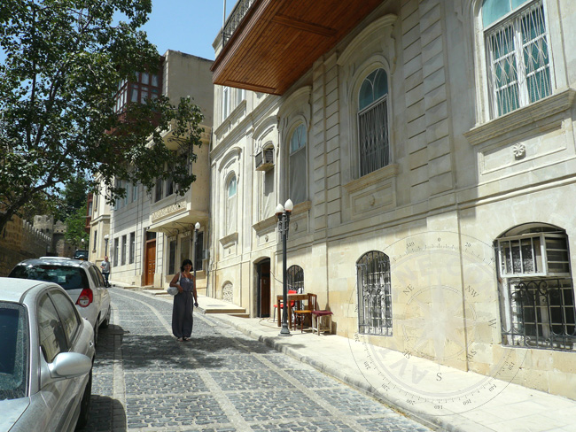 Фото улиц Старого города Баку