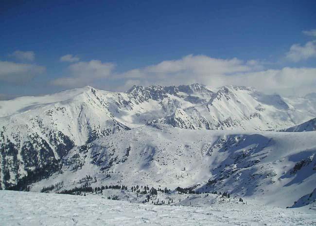 Банско - горнолыжный курорт в Болгарии, фотографии