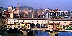 Флоренция - привлекательный для туристов город. // filfranck.com