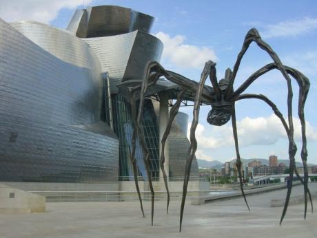 Вот такие вот необычные скульптуры :)