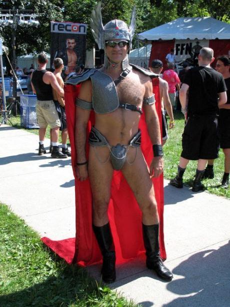 Типа курортный рыцарь :)