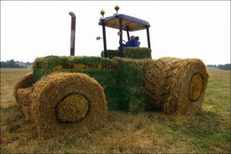 ЭКО трактор для ЭКО туристов :)