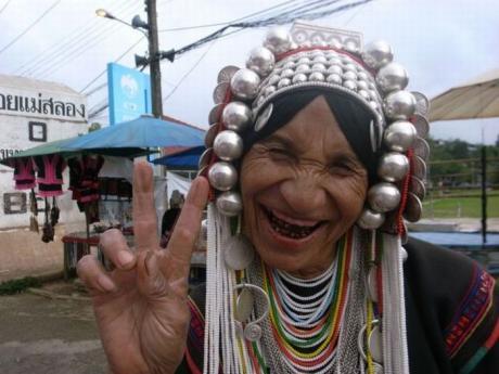 Приветливая бабуля в Южной Америке