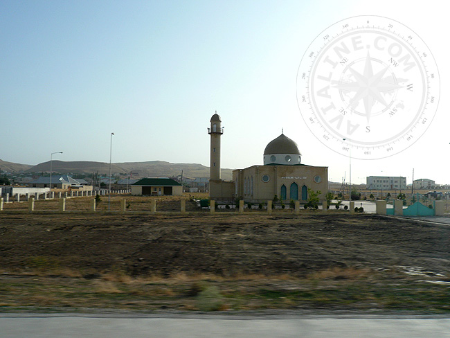Мечеть в поселке Азербайджана