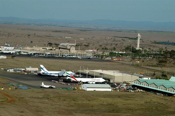 Грузовой терминал в международном аэропорту им. Jomo Kenyatta - Найроби