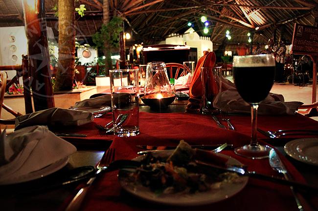 Ресторан отеля Bluebay beach resort