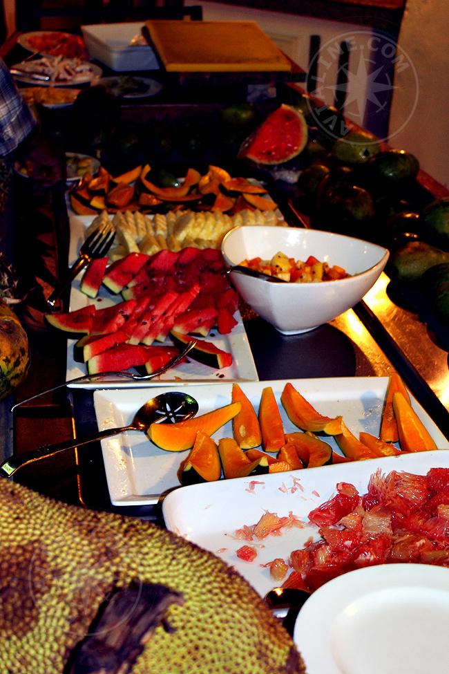 Питание в отеле Bluebay beach resort