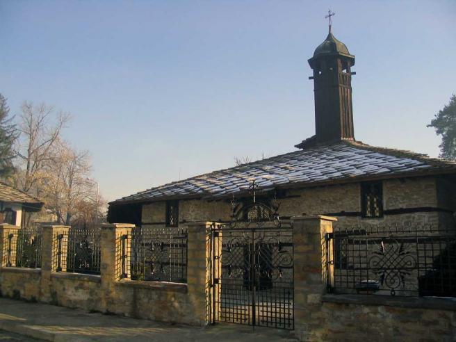 Церковь Архангела Михаила, Трявна, Болгария