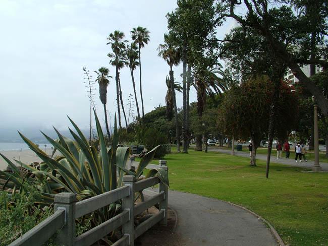 Лос-Анджелес - Санта-Моника - прибрежный бульвар.