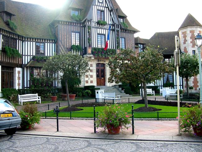 Довиль deauville курорт франции фото