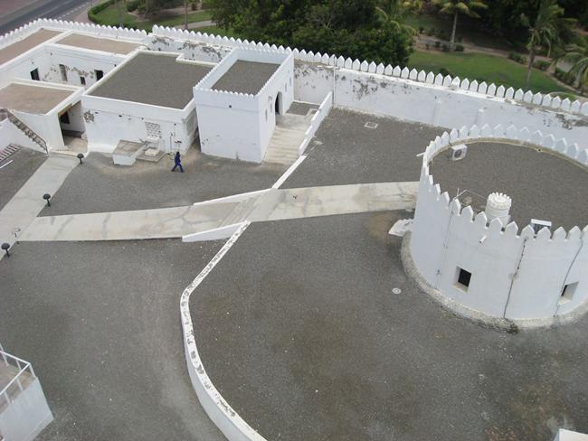 Шарджа - белая крепость - фото flickr.com