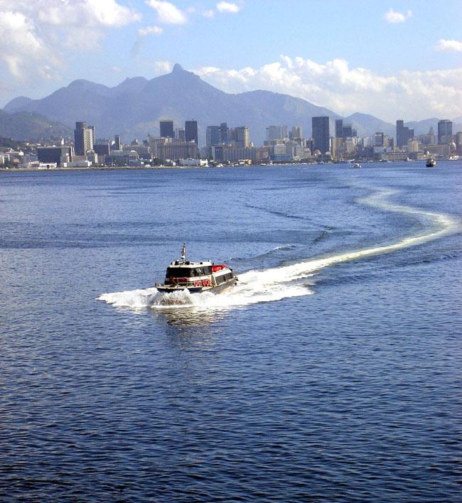 Рио-де-Жанейро - вид на город со стороны моря