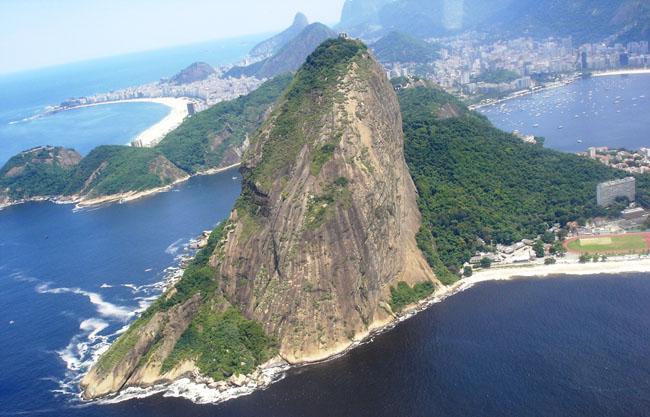 Рио-де-Жанейро - вид на город и пляжи