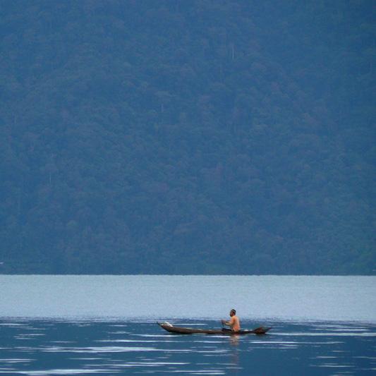 Остров Суматра - озеро - Индонезия - фото