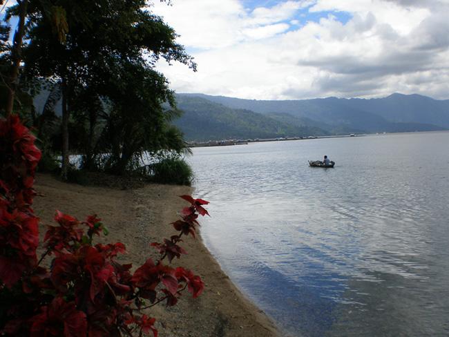 Озеро Манинджау - Суматра - Индонезия - фото