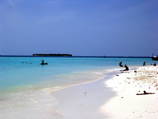 Мальдивы - пляжи - побережье - фото flickr.com