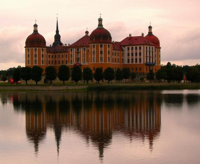 Дворец Морицбург - охотничий замок - фото