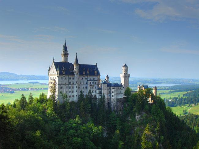 Замок Нойшванштайн - замок-Лебедь - фото flickr.com