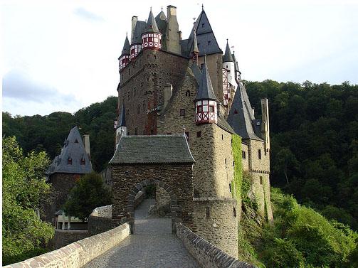 Замок Эльц - экскурсии - фото flickr.com