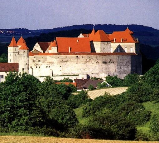 Замок Харбург - был возведен для защиты
