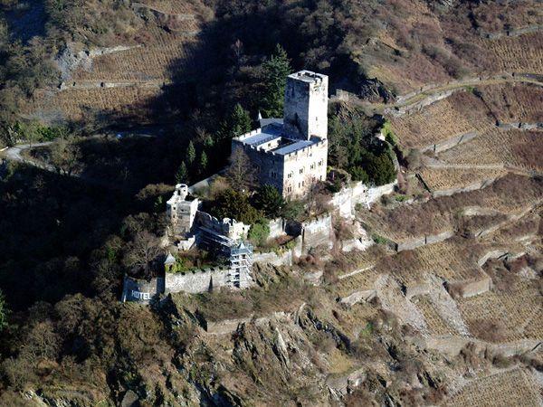 Германия - замки - замок Гутенфельс - фото users.livejournal.com