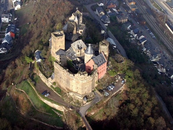 Германия - замки - замок Шёнбург - фото users.livejournal.com