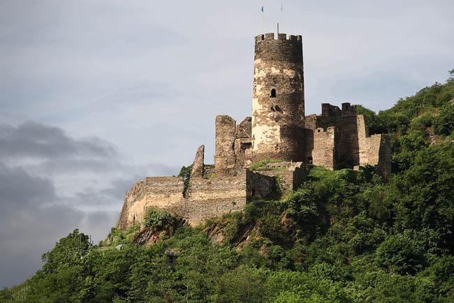 Замок Фюрстенберг - здесь производили фарфор - фото flickr.com