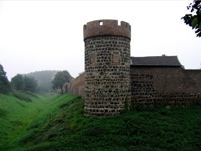 Замки Германии: Замок Цонс - фото flickr.com
