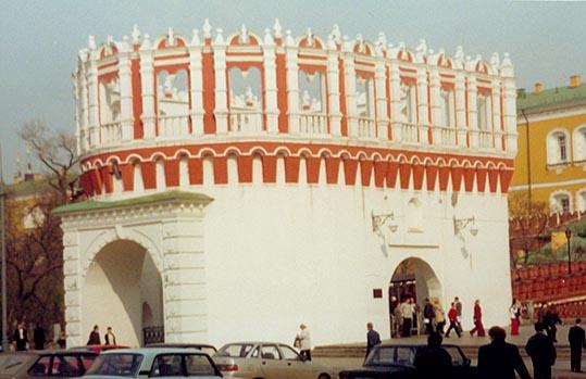 Башня Кутафья - (Предмостная)