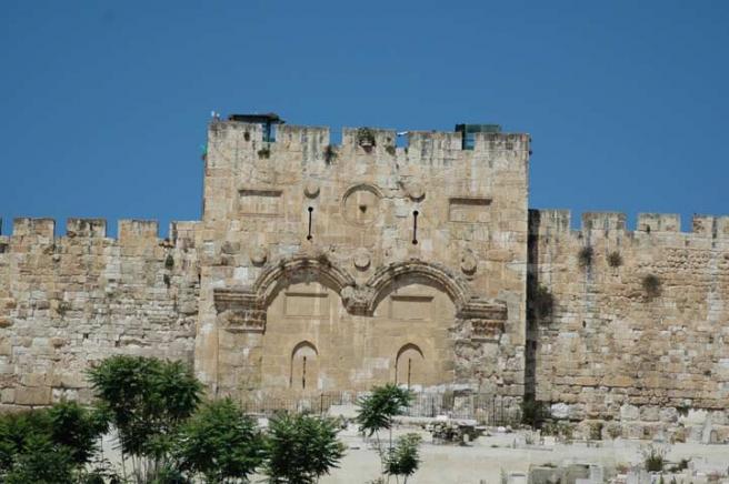 Иерусалим - старинные главные ворота Иерусалима