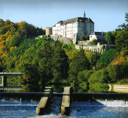 Замок Чешский Штенберг - фото