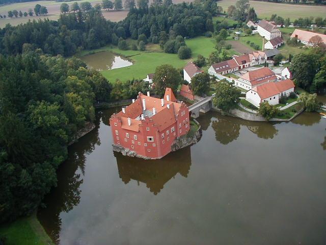 Замок Червена Лгота - фото