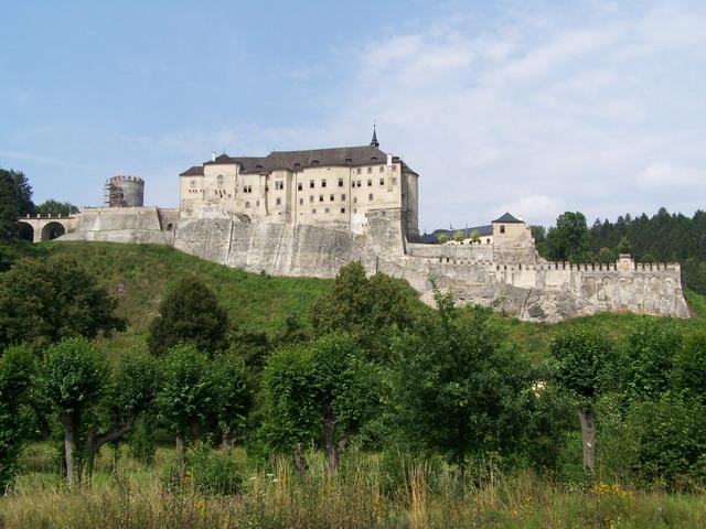 Замок - Чешский Штернберг- фото