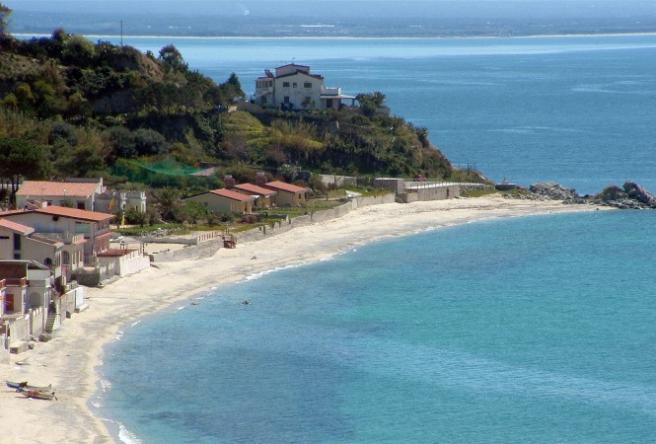 Капо-Ватикано - 500-метровый пляж - Курорт Италии