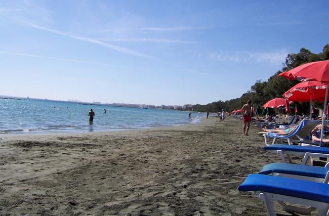 Кипр - пляж Лимассол - фото