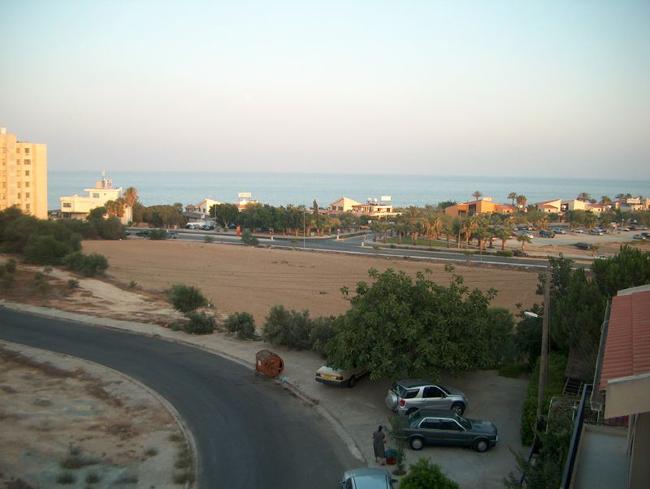 Кипр - дороги - Ларнака - фото