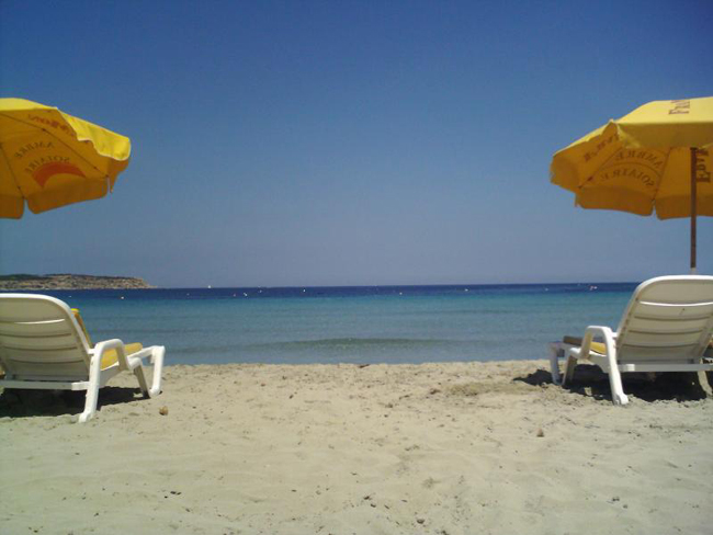 Мальта - пляж Mellieha Bay - фото