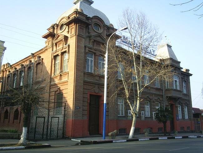 Археологический музей города Гянджа - фото ru.wikipedia.org