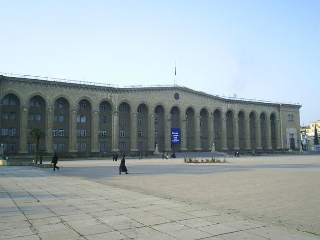 Администрация города Гянджа - фото ru.wikipedia.org