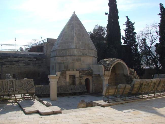 Баку - Дворец Ширваншахов - фото