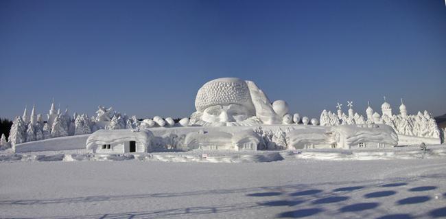 Китай - Харбин - ледовые скульптуры - фото