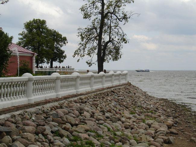 Петергоф  - Восточная сторона Морской террасы