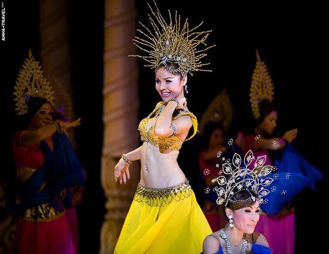 Праздничный Национальный костюм - Таиланд