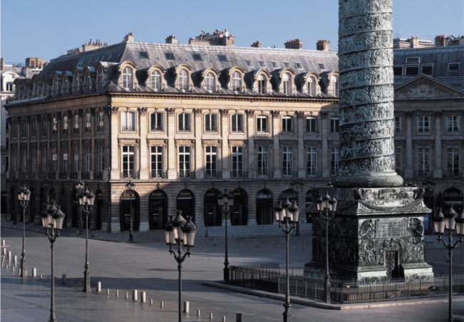Вандомская площадь - Париж - фото