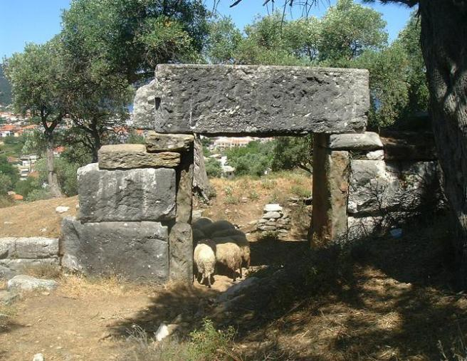 Тасос, фото острова Греции foxysislandwalks.com