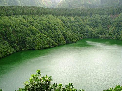 Азорские острова - озеро - фото