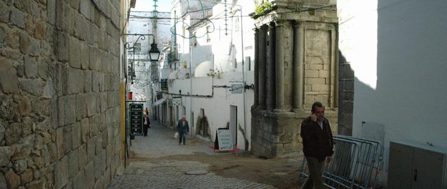 Эвора - город - улицы - окрестности - фото