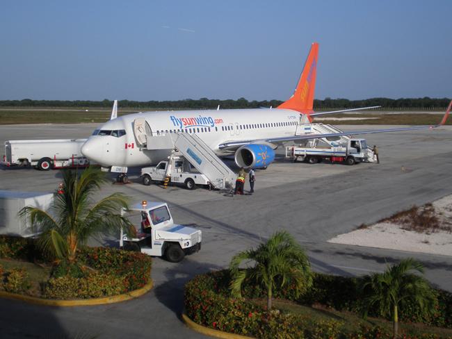 Куба - остров Кайо Коко - аэропорт