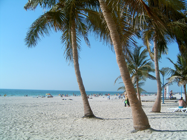 jumeirah beach - Пляж в ОАЭ - фото