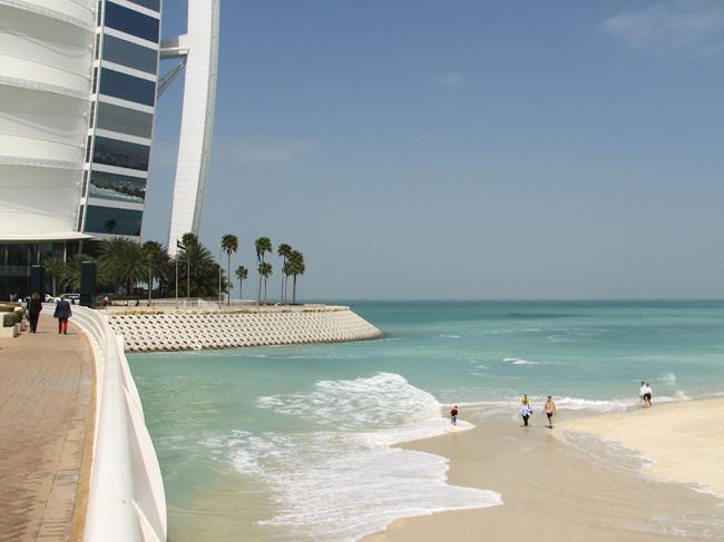 Пляж в ОАЭ - фото flickr.com